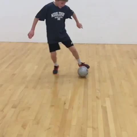 Tic Toc Ronaldo Chop